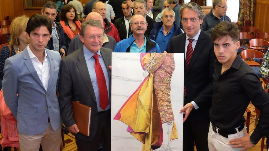 El alcalde ha presentado la Feria de Santiago en el Palacio de La Magdalena.