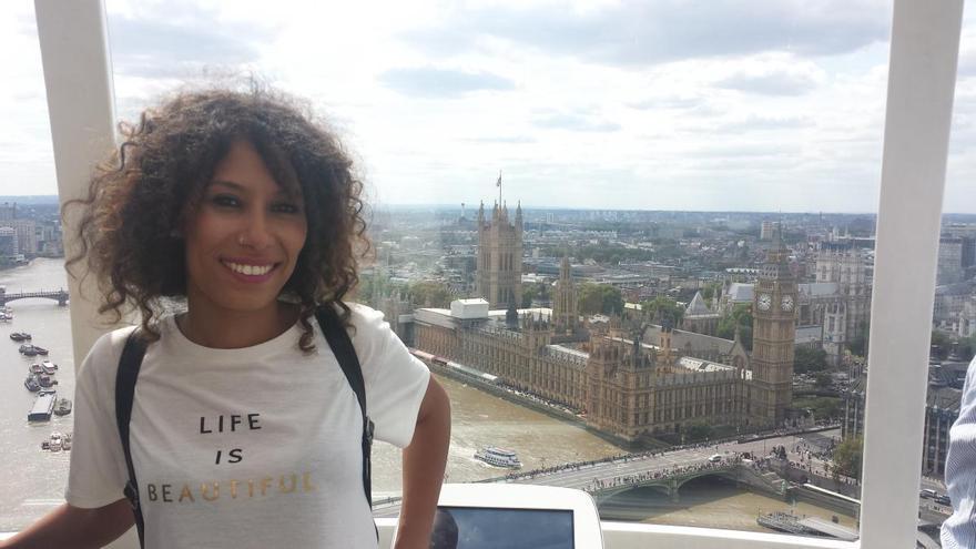 Maloma Morales durante una visita a Londres