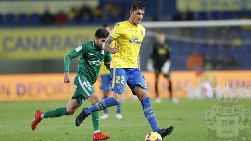 El argentino Peñalba se marcha de Gran Canaria tras temporada y media