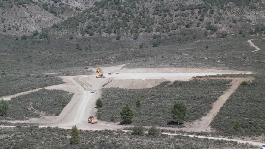 Obras de construcción de la macrogranja de Cañete (Cuenca)