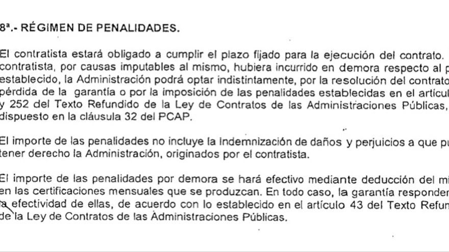 Cláusula del contrato de la Junta de Castilla y León y la adjudicataria de la obra donde se establecían las condiciones en caso de retraso en las obras.