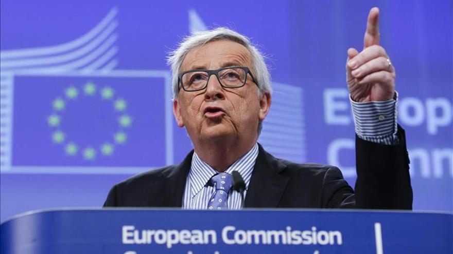 La CE rebaja el crecimiento para la UE y la eurozona para 2016, hasta el 1,9 % y 1,7 %