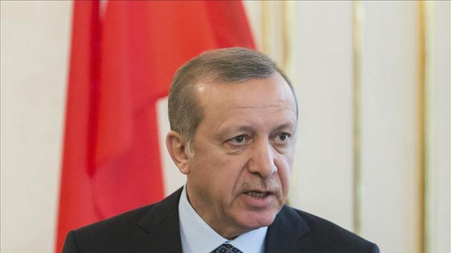 Aumentan las acusaciones de que Ankara armó a grupos islamistas en Siria