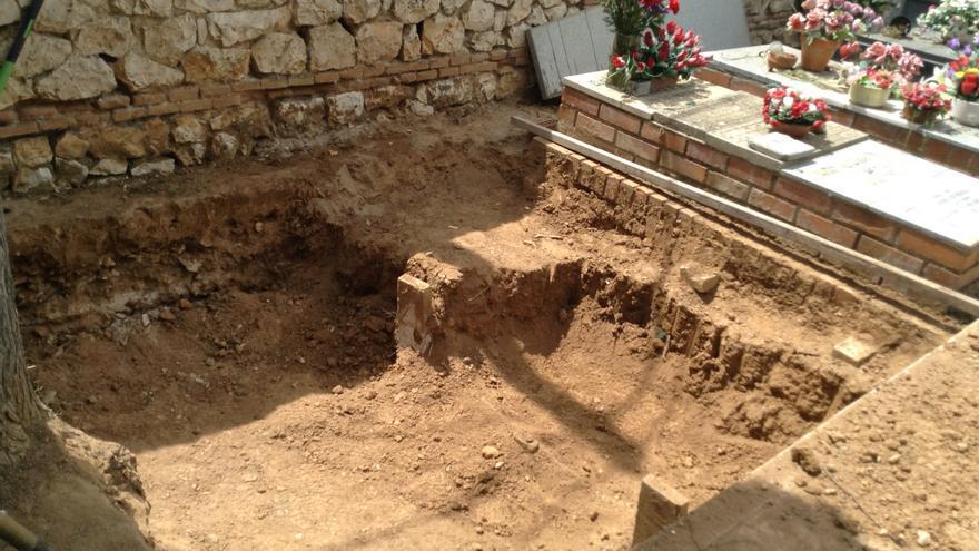 Fosa 1 del cementerio de Guadalajara, donde se ha reanudado la búsqueda del cuerpo de Timoteo Mendieta