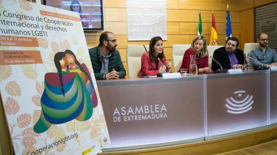 Presentación del VI Congreso Internacional de Cooperación al Desarrollo de la Fundación Triángulo en la Asamblea