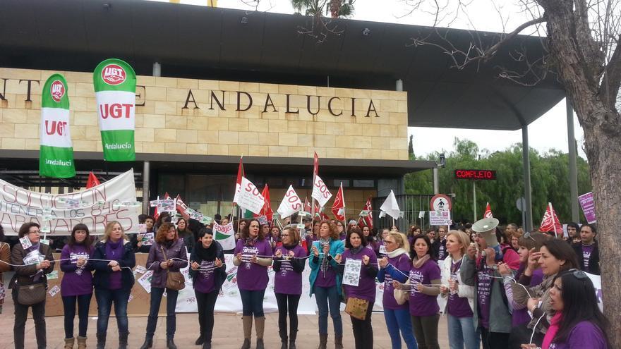"""Junta recuerda que la oferta de empleo de monitores docentes debe atender a criterios """"imprescindibles"""" de titulación"""