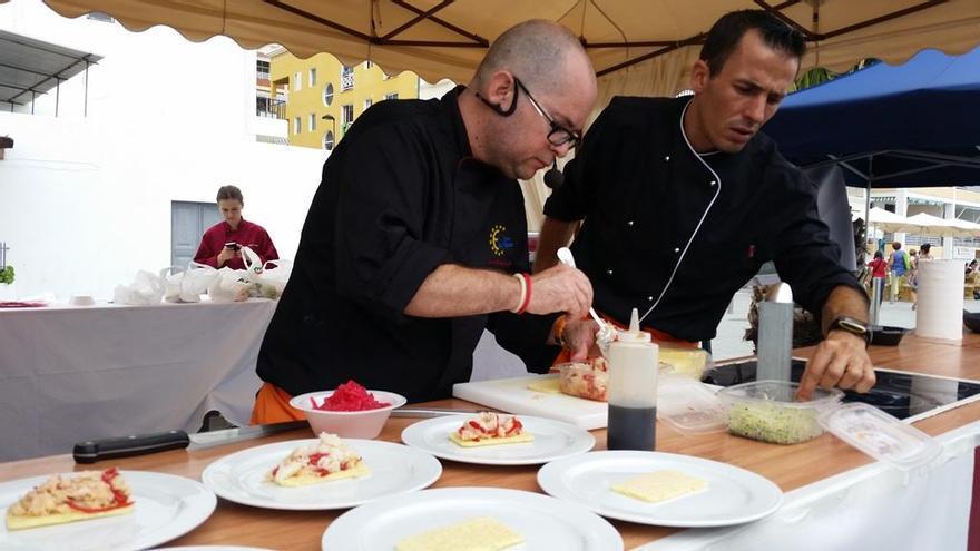 En la imagen, el resprentante de La Gomera en el VII Encuentro Regional de Cocineros Canarios.