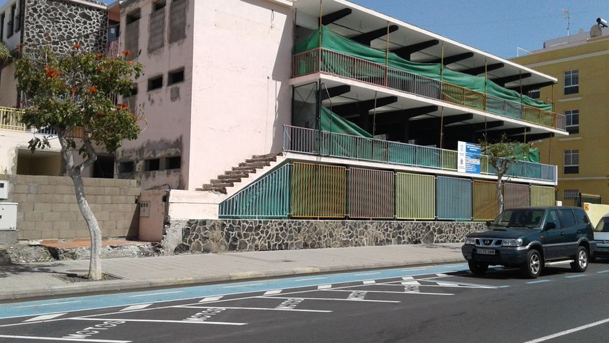 Módulo del antiguo colegio XXV Años de Paz en Los Llanos de Aridane.