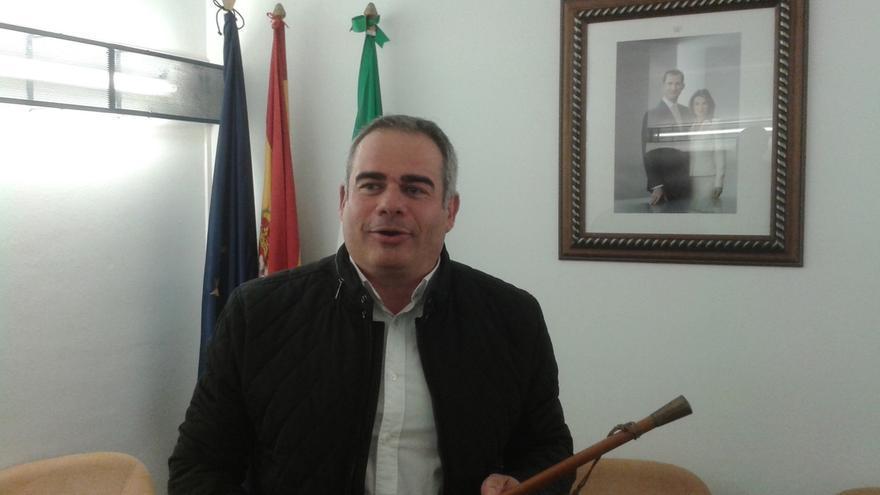 Alejandro Herrero (PSOE), nuevo alcalde de Frigiliana tras prosperar la moción de censura contra el PP