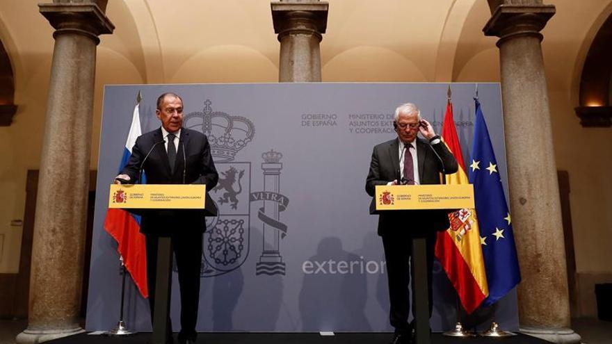 """España y Rusia crearán """"grupo ciberseguridad"""" para controlar noticias falsas"""