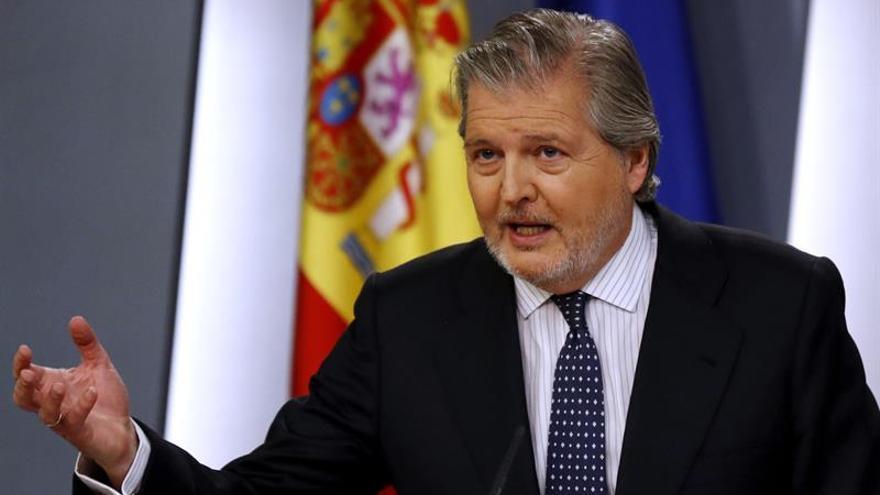 Méndez de Vigo pide un informe sobre la reventa aunque no es su competencia