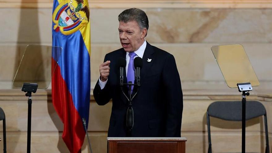 Colombia se va a poner mucho más de moda con la paz, dice el presidente Santos