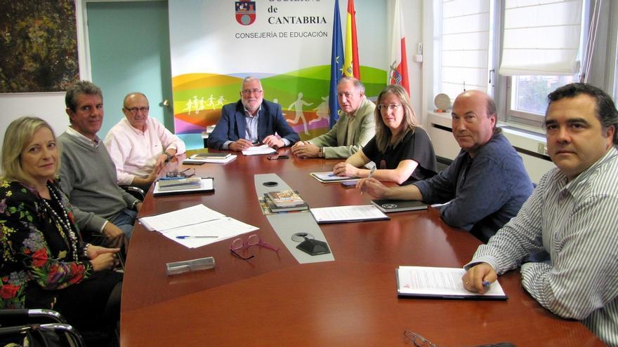"""La Joven Orquesta de Cantabria inicia una etapa de """"relanzamiento"""" con el apoyo del Gobierno"""