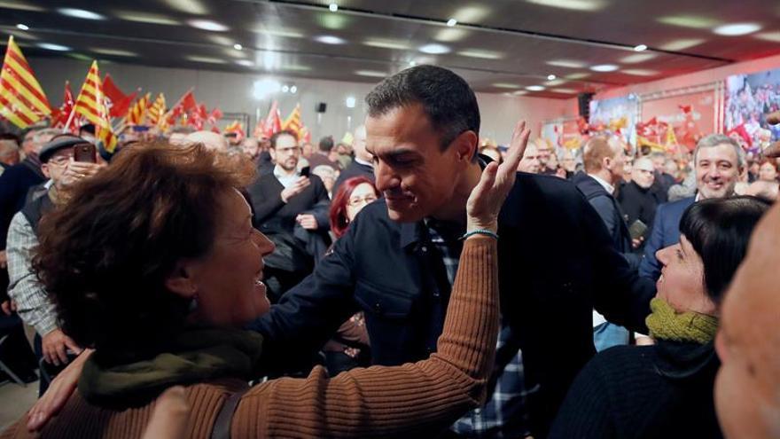 """Sánchez insta a los independentistas a pasar del """"monólogo al diálogo"""""""