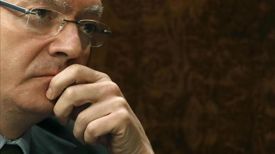 Gallardón retoma su actividad para contestar en el Senado sobre el aborto