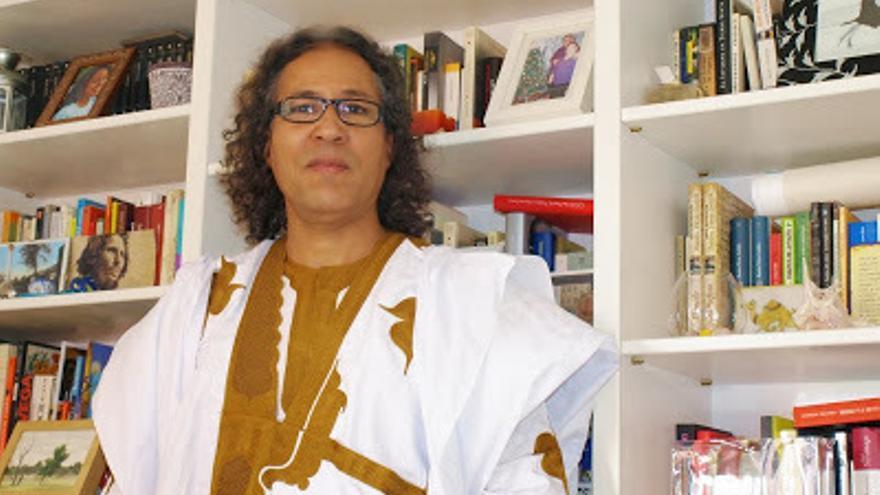 Bahia Mahmud Awah, escritor, profesor e investigador saharaui / Foto: Alicia Avilés