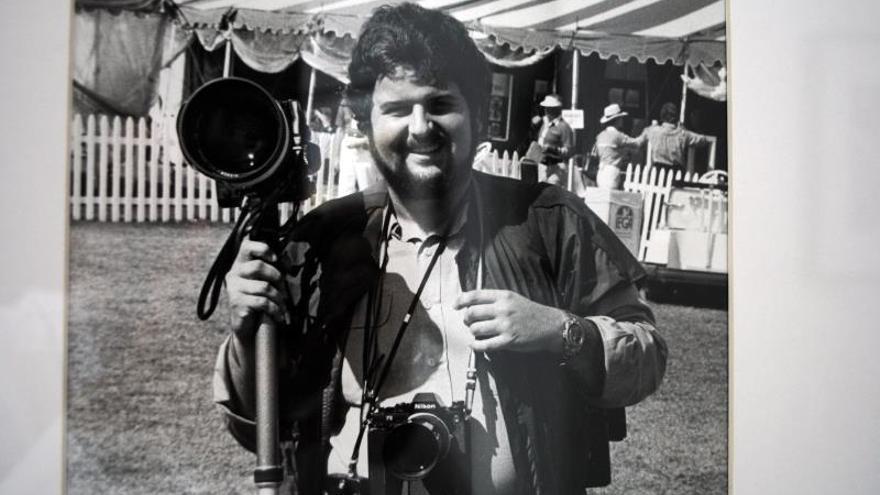Raúl de Molina muestra sus fotos de la violenta y glamurosa Miami de los 80