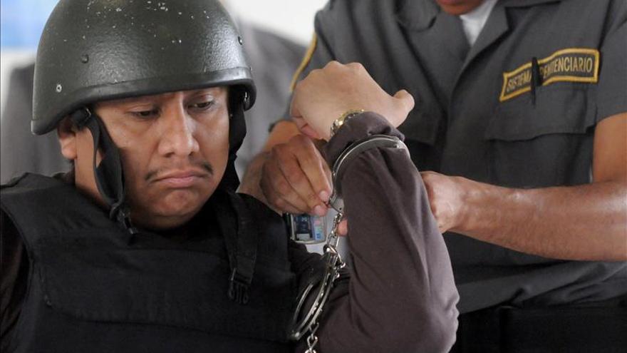Guatemala extradita a México a líder de Los Zetas condenado por matanza 2008