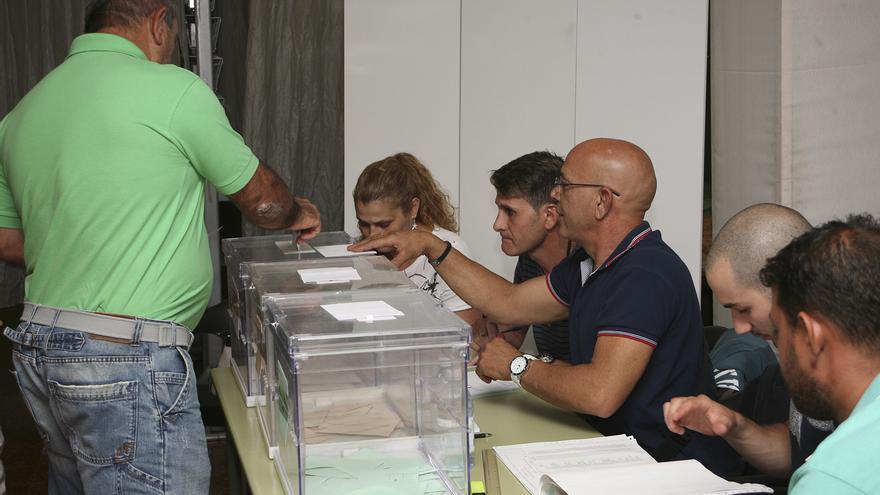 Jornada electoral en Vecindario