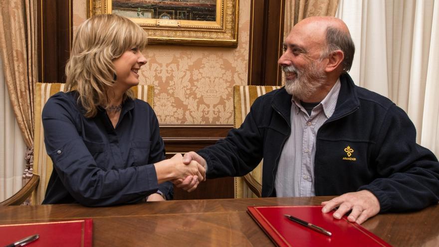 El Gobierno de Navarra y Aranzadi firman un convenio para la exhumación de víctimas de la Guerra Civil