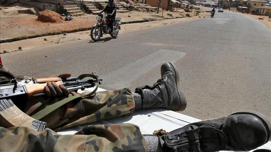 Soldados de Nigeria retoman el control de 17 localidades del noreste del país