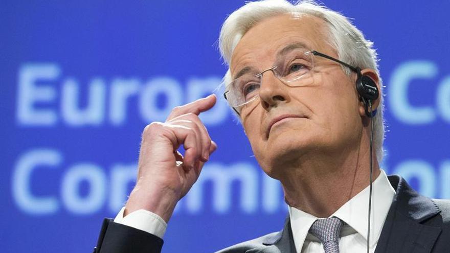 """Barnier quiere que los 27 tengan relación especial con la City tras el """"brexit"""""""