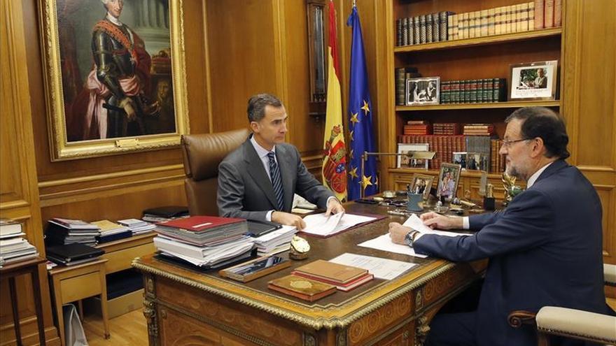 El Rey sigue desde su despacho la crisis terrorista en contacto con el Gobierno