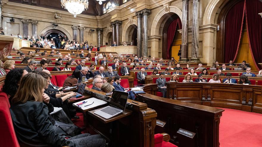 El Parlament aprueba presentar un recurso ante el Supremo contra la suspensión de Torra