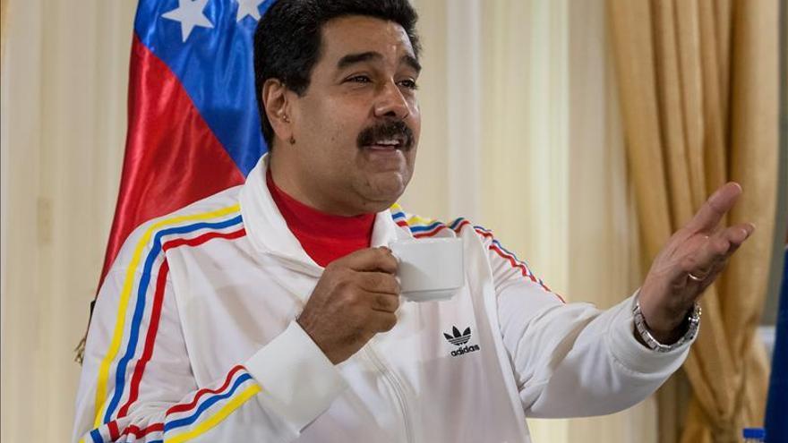 """Maduro no abrirá la frontera """"hasta que salgan contrabandistas y paramilitares"""""""
