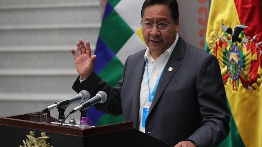 Arce entrega créditos para activar industria boliviana y evitar importaciones
