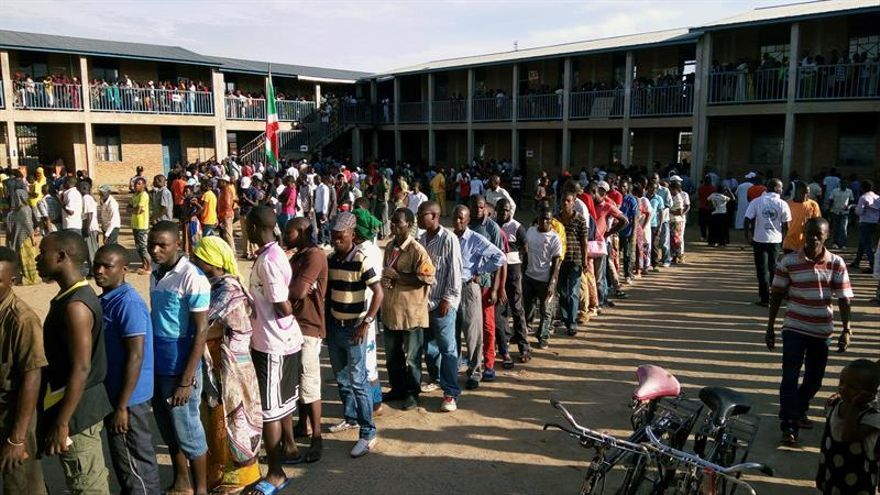 HRW denuncia el asesinato de 15 personas antes del referéndum de Burundi