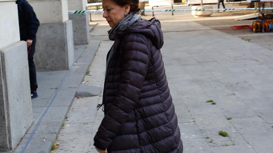 Junta abonará 90.000 euros a Magdalena Álvarez para su defensa en el caso de los ERE