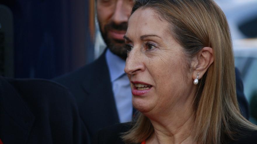 Pastor dice que el Gobierno debe recurrir lo que va contra la ley, lo haga la Generalitat o quien sea