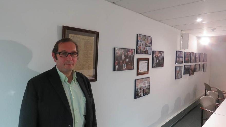 """SCC pide el cese de Puigdemont y le acusa de promover un """"golpe de Estado"""""""