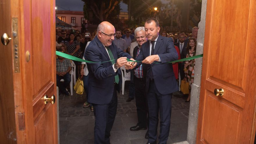 El presidente del Cabildo de Gran Canaria, Antonio Morales y el alcalde de Gáldar y consejero Teodoro Sosa
