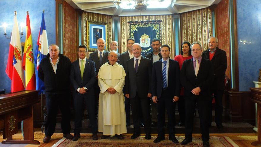 Los alcaldes campurrianos acuerdan reivindicaciones comunes durante la celebración del Sermón de la peseta