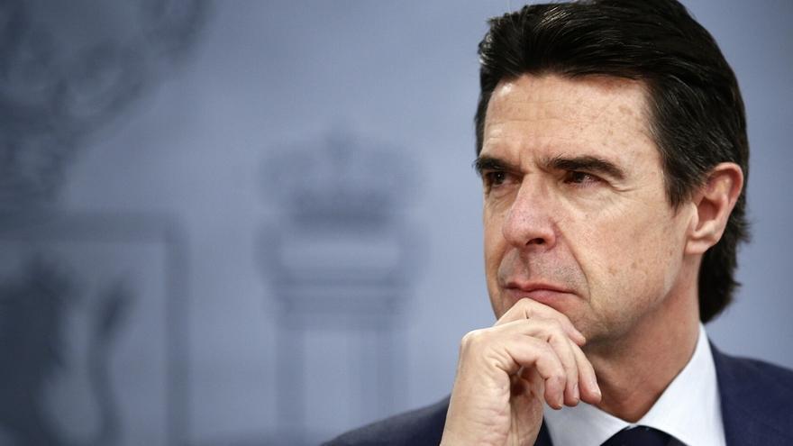 """Soria dice que el ERE de Alcoa no tiene """"nada que ver"""" con las subastas e invita a la empresa a la nueva puja"""