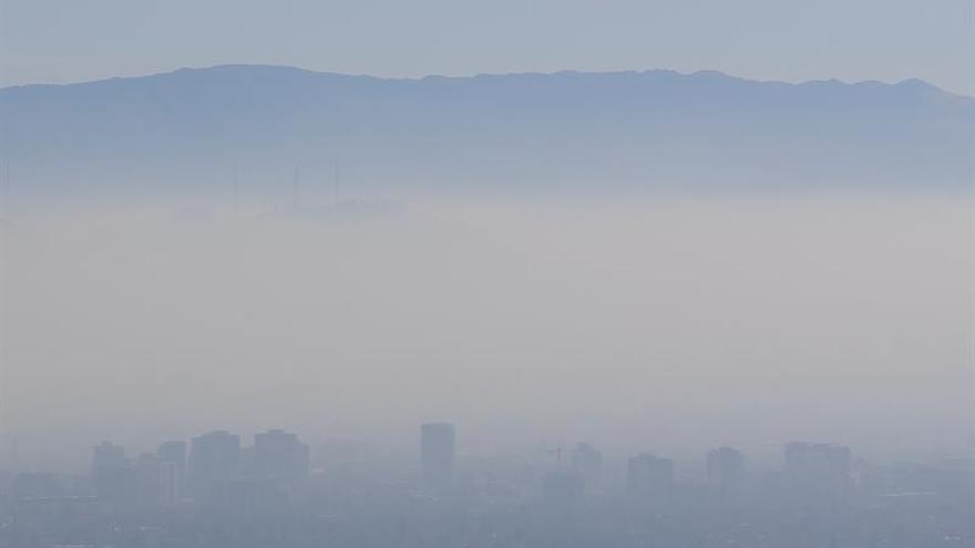 Santiago de Chile bajo segunda preemergencia por mala calidad del aire 2017