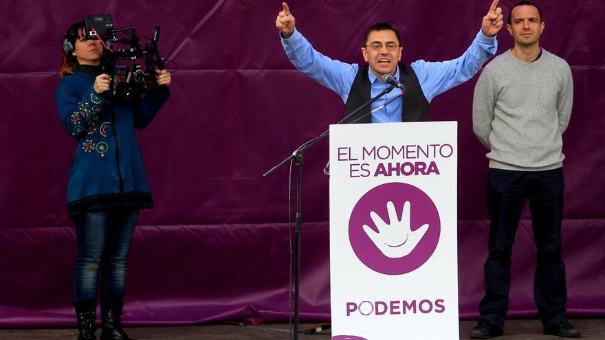 Monedero sobre el escenario el 31-E \ Marta Jara