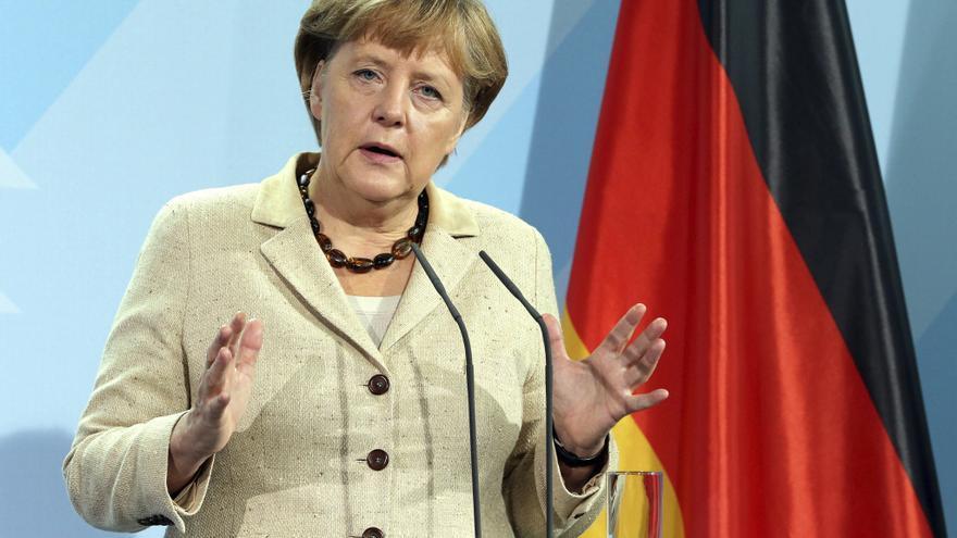 Merkel respalda a su ministra de Educación que está bajo sospecha de plagio