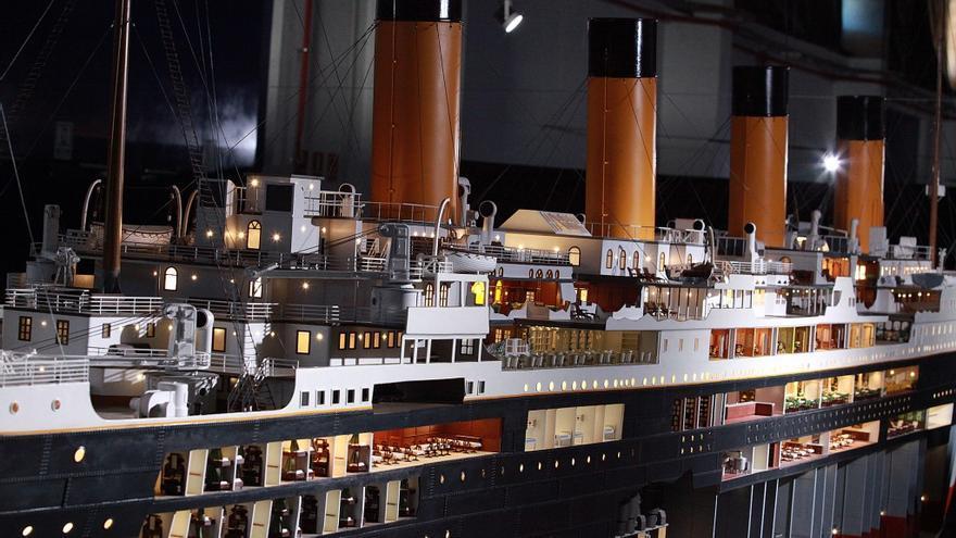 Barco Titanic, foto detalle de estribor