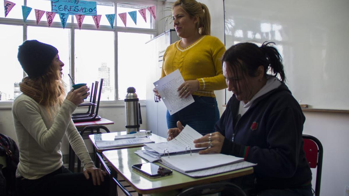 Luly Arias pudo dejar la calle, estudiar y tener un trabajo estable