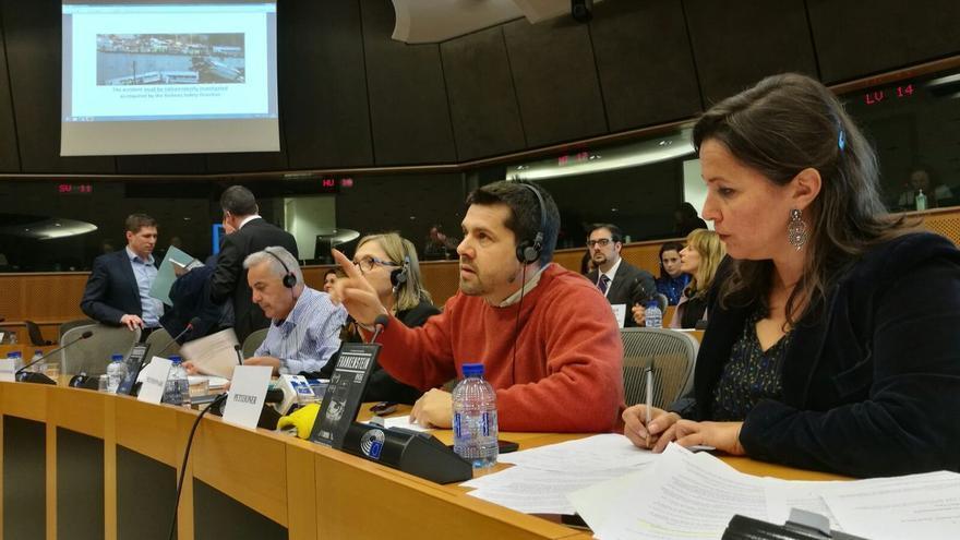 Miembros de la Plataforma Víctimas Alvia 04155, compareciendo en el Parlamento Europeo