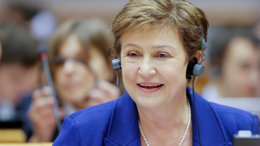 Directora del BM aconseja a China observar el exterior para éxito de reformas