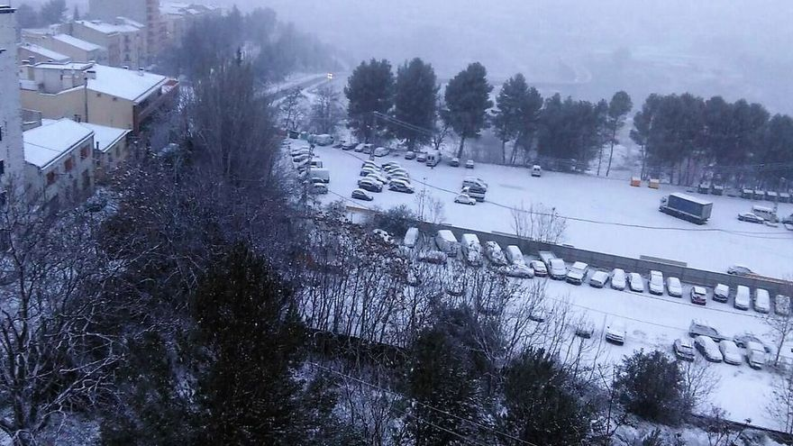 Alcoi es una de las localidades donde el temporal de frío y nieve ha obligado a suspender las clases