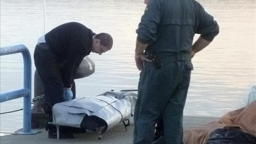 Hallan el cuerpo sin vida de un hombre en una cala rocosa de Motril (Granada)