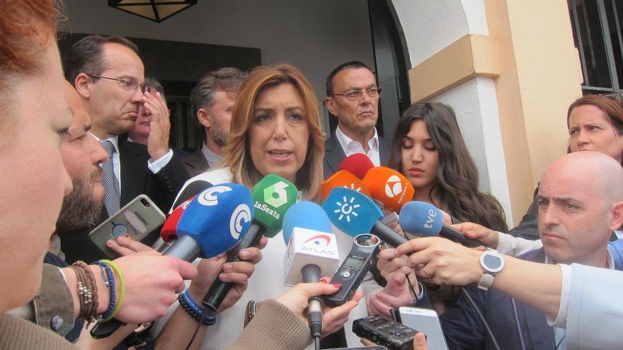 """Díaz cree que Andalucía """"va por el buen camino"""" apostando """"a pulmón"""" por el empleo y """"sin ayuda"""" del Gobierno central"""