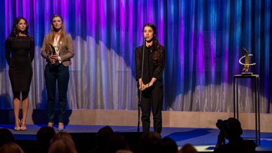 La activista yazidí Nadia Murad recoge el premio Václav Havel de Derechos Humanos