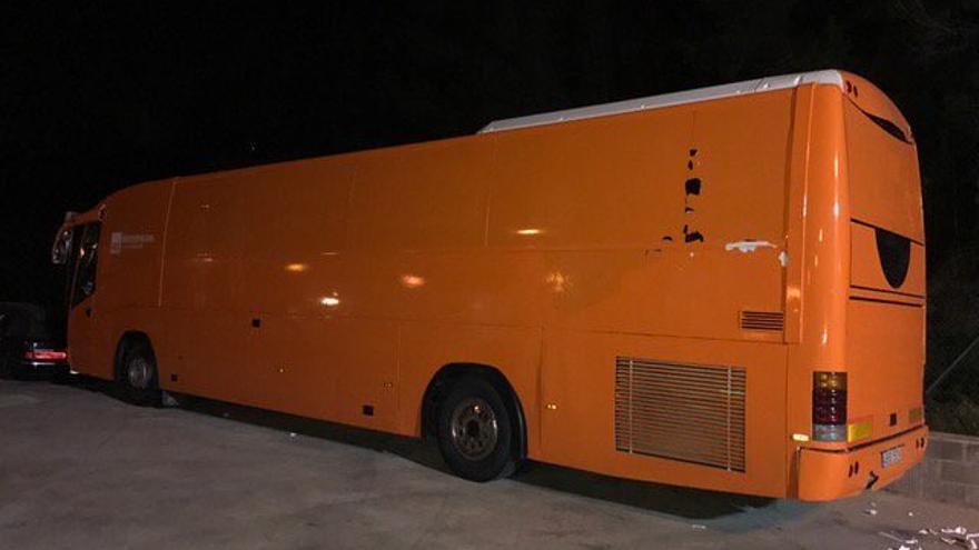 El autobús de HazteOir sin el mensaje tránsfobo / Foto: Generalitat de Catalunya