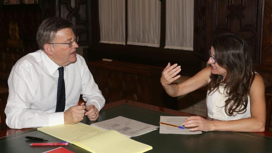 """Puig y Oltra acuerdan trasladar a Rajoy la """"necesidad urgente"""" de cambiar el modelo de financiación"""